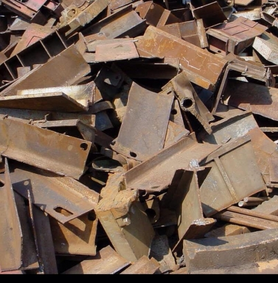 Dịch vụ thu mua sắt phế liệu đang rất phát triển trên thị trường